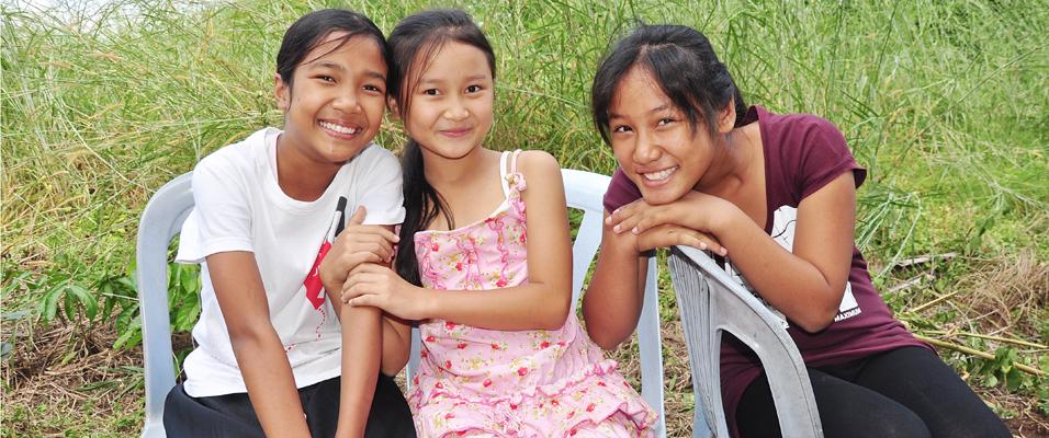 Three Akha Girls Everyday
